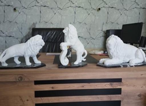 Mermer aslan heykelleri-299