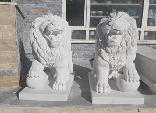 Mermer lion aslan heykeli- marmaris